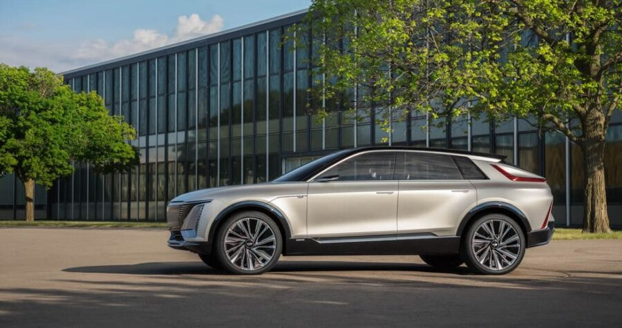 Cadillac Lyriq Electric Crossover Debuted, On Sale – In 2 Years_image