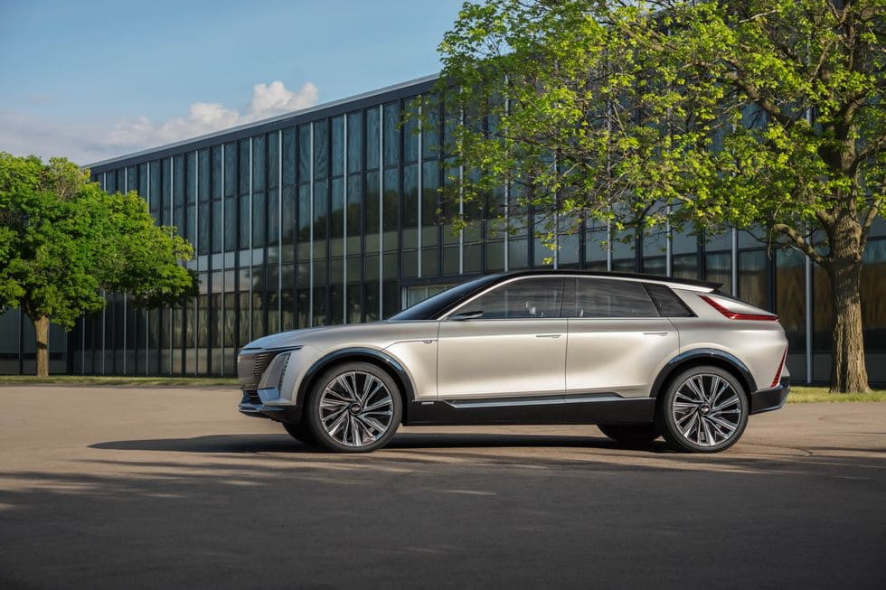 Cadillac Lyriq Electric Crossover Debuted, On Sale – In Late 2022