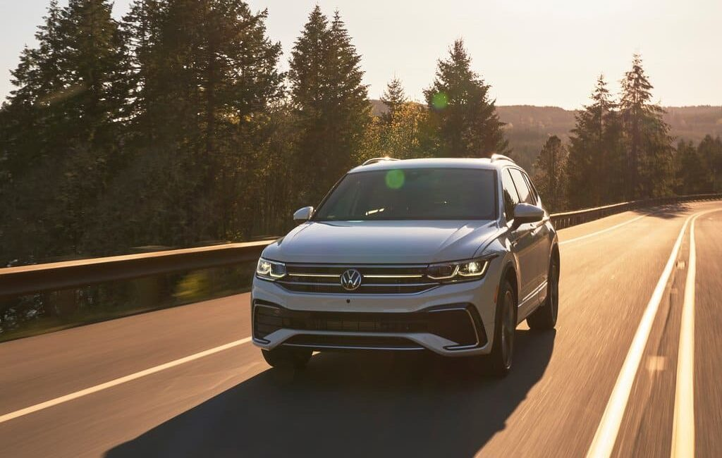 Experts Compared Volkswagen Tiguan with Electric Volkswagen ID.4_1