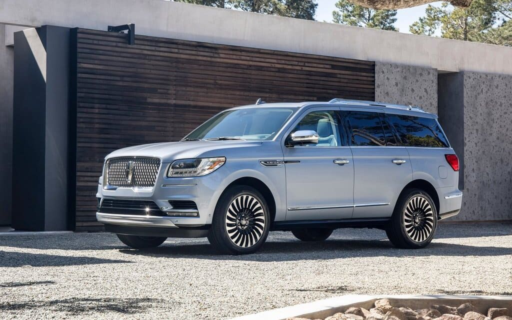 What New Does the Refreshed 2022 Lincoln Navigator Bring image